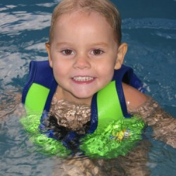 Float Jacket – kamizelka do nauki pływania