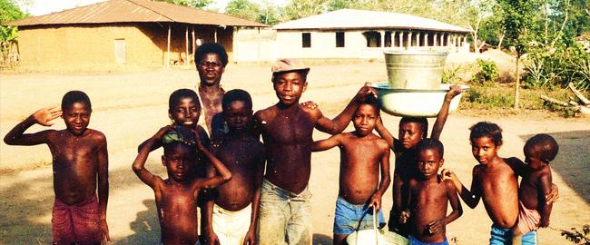 Murzynek Bambo w Afryce mieszka…