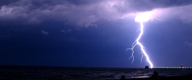 Idzie burza z piorunami…