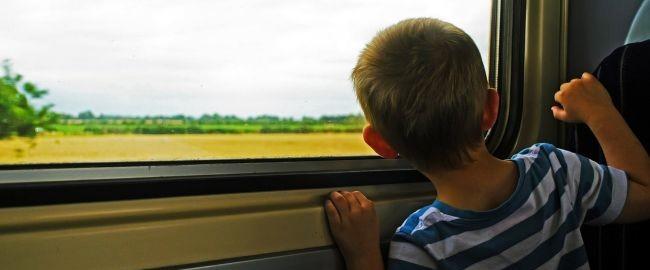 Przedszkolak w pociągu