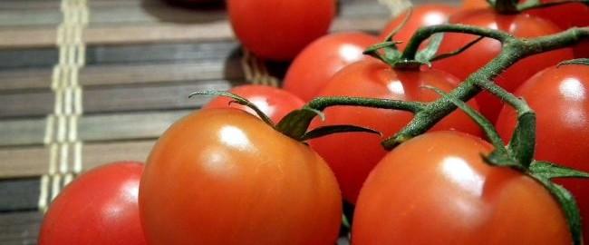 Domowe SPA – maseczka z pomidora…