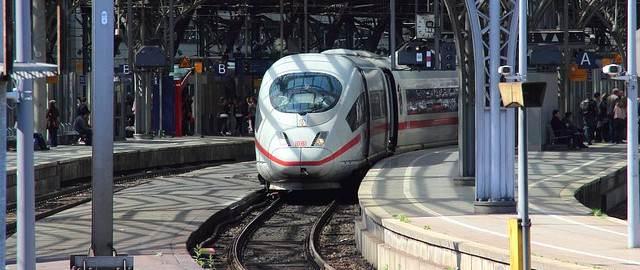 Wsiąść do pociągu byle jakiego…