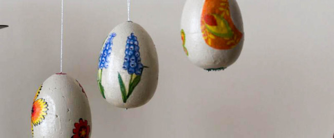 Wielkanocne jajka decoupage