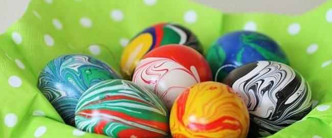 Wielkanocne jajka – farby marble magic