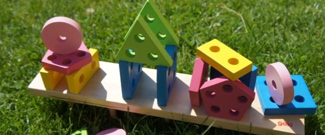 Dlaczego warto kupować drewniane zabawki