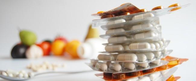Syrop na kaszel, suplementy dla dzieci, czyli jak nie stracić majątku w aptece