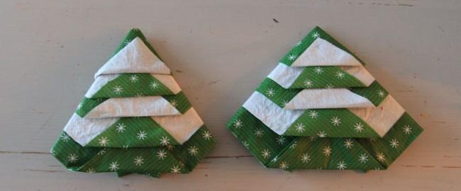 Jak składać serwetki w świąteczną choinkę na 2 sposoby