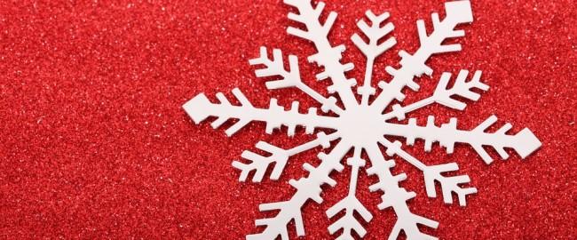Jak zrobić płatki śniegu z papieru?