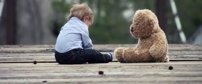 Chcesz pomóc chorym dzieciom przez Fb? Wykaż się się sercem, nie naiwnością