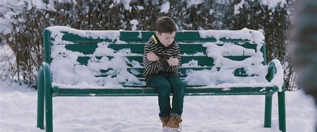 Widzisz zimą dziecko bez kurtki. Kpisz, pewnie Ci za gorąco?!