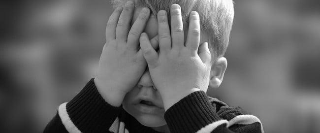Nie płacz, nic się nie stało! Słowa, których dzieci nie powinny słyszeć