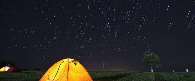 7 pomysłów na niezapomniane wakacje, czyli atrakcje po zmroku