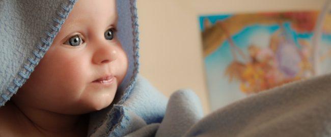 Dzieci z AZS wymagają łagodnej i skutecznej pielęgnacji. Poznaj fakty o atopowym zapaleniu skóry