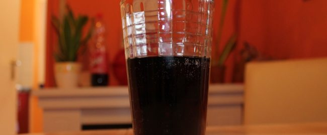 6 domowych zastosowań napoju typu cola, które warto wypróbować
