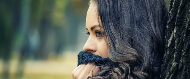 7 wypisanych na twarzy objawów niedoboru składników odżywczych