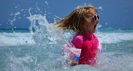 Na plaży z dzieciakami nie musi być nudno!