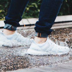 Jak wysuszyć buty? 3 proste sposoby na mokre obuwie