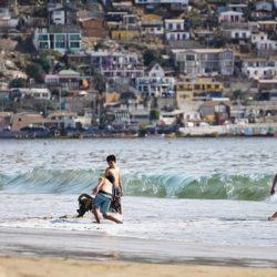 Rodzice nie pilnują swoich dzieci, gdy bawią się w wodzie - szczyt lenistwa, czy głupoty?