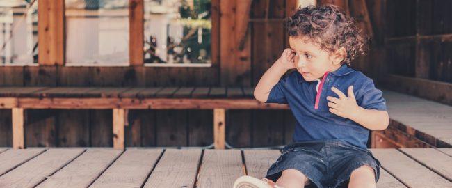 Ból ucha u dziecka – przyczyny, objawy, domowe sposoby
