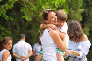 matki uwielbiają wyręczać swoje dzieci