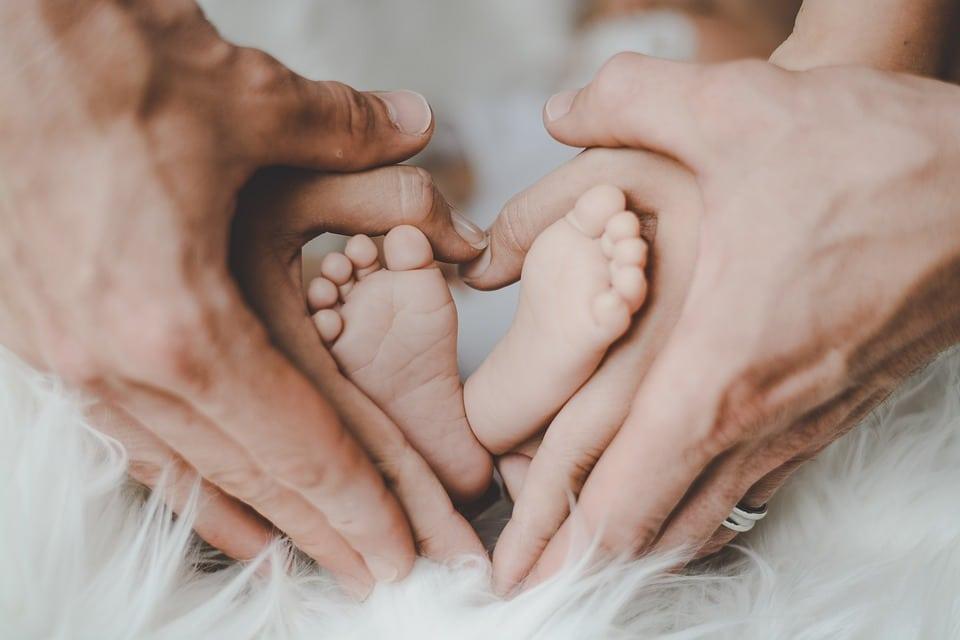 Masaż Shantala – moc rodzicielskiego dotyku