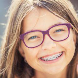 Pielęgnacja jamy ustnej dzieci w wieku szkolnym - to musisz wiedzieć