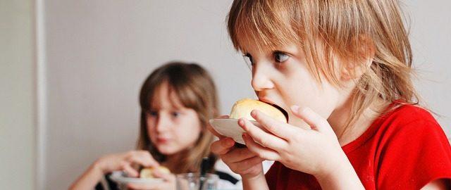 (Drugie) Śniadanie do szkoły – co dawać dzieciom do szkoły
