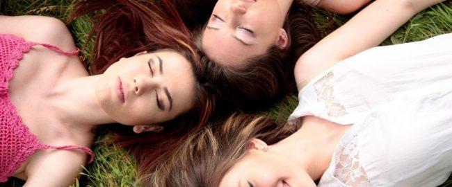 Jak pomóc zestresowanej przyjaciółce?