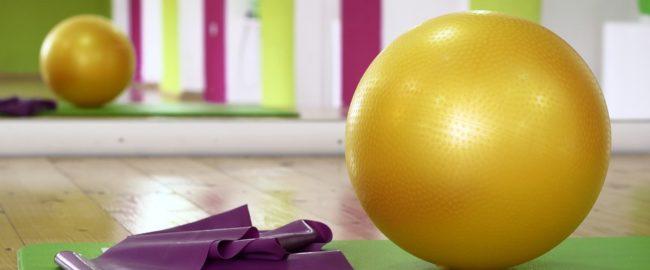 Fitness z dzieckiem – o czym warto wiedzieć?