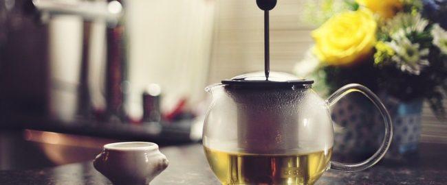 Herbata – rodzaje i sposób parzenia. Jak pić, by było smacznie?