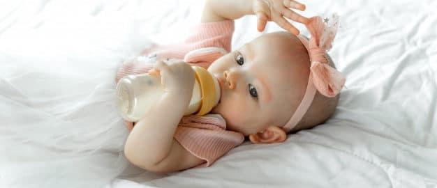 Jaka butelka do karmienia będzie odpowiednia dla noworodka?