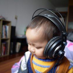 Jakie słuchawki dla dziecka? Nieobiektywny przegląd słuchawek