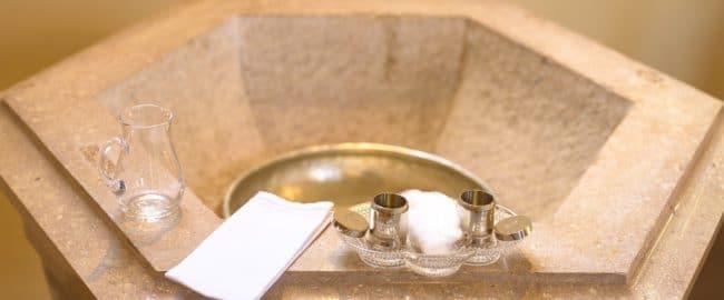 Przesądy związane z chrztem, czyli czego nie wolno robić na chrzcinach