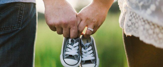 Drugi miesiąc ciąży – jakie zmiany następują u mamy i dziecka?