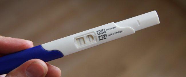 Pierwszy miesiąc ciąży – co się dzieje w ciele przyszłej mamy?