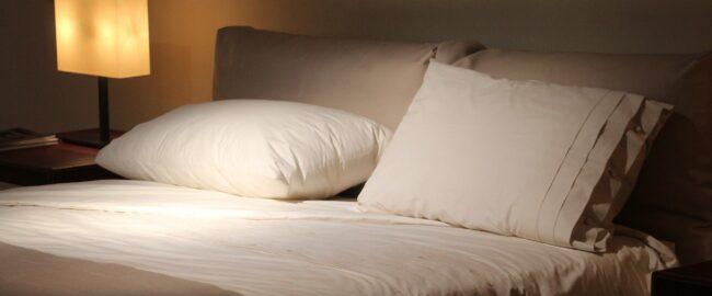 Dlaczego zimą chcemy więcej spać?