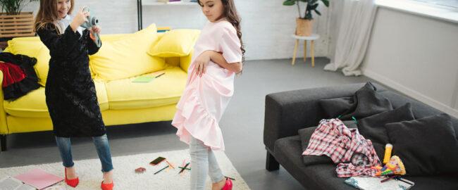 Modne stylizacje młodzieżowe – wygodne ubrania dla dziewczynek