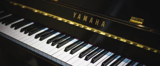 Nauka gry na pianinie. Czy i kiedy warto zapisać dziecko na pianino